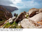 A view of the Atlantic Ocean and rocks from Cape Rock. Стоковое фото, фотограф Zoonar.com/EVGENII ZINOVEV / easy Fotostock / Фотобанк Лори