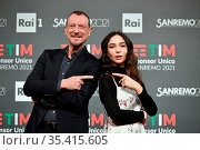 Sanremo Festival host and artistic director Amadeus with the actress... Редакционное фото, фотограф Maria Laura Antonelli / AGF/Maria Laura Antonelli / age Fotostock / Фотобанк Лори
