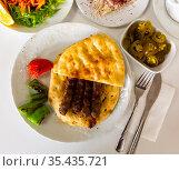 A traditional Turkish dish called Shish Kefte. Стоковое фото, фотограф Яков Филимонов / Фотобанк Лори