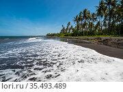 The coast of Indian ocean on island Java (2018 год). Стоковое фото, фотограф Юлия Белоусова / Фотобанк Лори