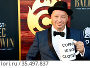 Jeff Ross at the Comedy Central Roast of Alec Baldwin held at the... Стоковое фото, фотограф Zoonar.com/Lumeimages.com / age Fotostock / Фотобанк Лори