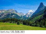 Mountain and pastures landscape in Pralognan la Vanoise. French alps. Стоковое фото, фотограф Zoonar.com/Laurent Davoust / easy Fotostock / Фотобанк Лори