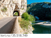Ardeche France,view of Narural arch in Vallon Pont D'arc in Ardeche... Стоковое фото, фотограф Zoonar.com/Fokke Baarssen / age Fotostock / Фотобанк Лори
