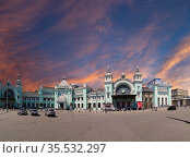 Panorama of the Belorusskiy railway station (written in Russian)-- is one of the nine main railway stations in Moscow, Russia. It was opened in 1870 and rebuilt in its current form in 1907-1912 (2016 год). Редакционное фото, фотограф Владимир Журавлев / Фотобанк Лори