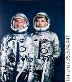 Astronauts Virgil I. Grissom (left), Gemini-3 command pilot; and ... Редакционное фото, агентство World History Archive / Фотобанк Лори
