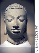 Stone head of Buddha, Gupta, 5th centry AD. Sarnath, Uttar Pradesh... Редакционное фото, агентство World History Archive / Фотобанк Лори
