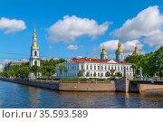 St. Nicholas Naval Cathedral is a major Baroque Orthodox cathedral... Стоковое фото, фотограф Zoonar.com/Boris Breytman / easy Fotostock / Фотобанк Лори
