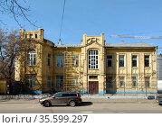 Здание бывшего особняка Густава Келлера по адресу улица Вятская дом 35, Москва. Стоковое фото, фотограф Давид Мзареулян / Фотобанк Лори