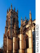 YORK, NORTH YORKSHIRE/UK - FEBRUARY 20 : View of York Minster in York... Стоковое фото, фотограф Zoonar.com/Phil Bird / easy Fotostock / Фотобанк Лори