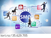 Social media optimisation concept with business people. Стоковое фото, фотограф Elnur / Фотобанк Лори