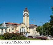 Raiway station in Burgas, Bulgaria. Стоковое фото, фотограф ИВА Афонская / Фотобанк Лори
