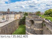 Анже, Франция. Город и средневековые фортификации (2017 год). Редакционное фото, фотограф Rokhin Valery / Фотобанк Лори