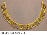 Gold strap necklace with seed-like pendants 330-300 BC Said to be... Редакционное фото, агентство World History Archive / Фотобанк Лори