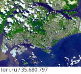 The Republic of Singapore is a city-state off the southern tip of... Редакционное фото, агентство World History Archive / Фотобанк Лори