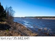 Spring flood, river overflowed its banks. Sunny spring day. Стоковое фото, фотограф Дарья Филимонова / Фотобанк Лори