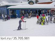 The Village at Silver Star ski resort near Vernon, BC, Canada. Стоковое фото, фотограф Douglas Williams / age Fotostock / Фотобанк Лори