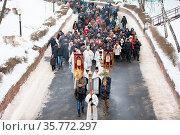 Belarus, Gomel, January 19, 2017. Feast of the baptism of God. A ... Стоковое фото, фотограф Zoonar.com/Svetlana / age Fotostock / Фотобанк Лори