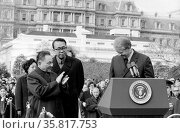 Photograph of the Chinese Vice Premier Deng Xiao Ping applauding President of the United States Jimmy Carter. Редакционное фото, агентство World History Archive / Фотобанк Лори