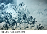 Italy's famous Alpine troops forcing a frontier pass in the Carnic Alps. World War One, 1915. Редакционное фото, агентство World History Archive / Фотобанк Лори