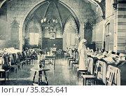 British wounded in a Bonn chapel. Редакционное фото, агентство World History Archive / Фотобанк Лори