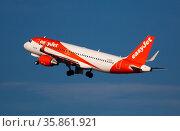 Barcelona, El Prat - February 02, 2020: Airline EasyJet plane takes off from the runway at Barcelona El Prat airport. Board number G-EZGX. Редакционное фото, фотограф Яков Филимонов / Фотобанк Лори