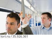 Men commuting. Стоковое фото, фотограф Shannon Fagan / Ingram Publishing / Фотобанк Лори