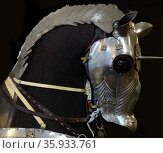 Low-medium carbon steel, copper alloy and leather armour attributed to Ulrich Rämbs of Landshut, Germany. Редакционное фото, агентство World History Archive / Фотобанк Лори