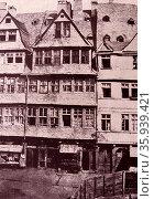 Rothschild family ancestral home in Frankfurt, Germany, circa 1880. Редакционное фото, агентство World History Archive / Фотобанк Лори