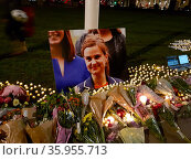 vigil for Jo Cox was a British Labour Party politician. She was the Member of Parliament (MP) from May 2015 to her murder in June 2016. Редакционное фото, агентство World History Archive / Фотобанк Лори