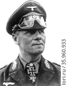 Photograph of Erwin Rommel and the German 15th Panzer Division 1940. Редакционное фото, агентство World History Archive / Фотобанк Лори