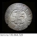 Mayan Chinkultic disc 600-900 AD. Редакционное фото, агентство World History Archive / Фотобанк Лори
