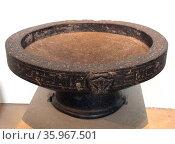 Libation bowl of Montuemhat from Upper Egypt. Редакционное фото, агентство World History Archive / Фотобанк Лори