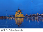 Evening view of the Alexander Nevsky Cathedral in Nizhny Novgorod (2020 год). Стоковое фото, фотограф Дмитрий Тищенко / Фотобанк Лори