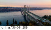 Traffic makes way across the bridge over Puget Sound in Washington... Стоковое фото, фотограф Zoonar.com/Christopher Boswell / easy Fotostock / Фотобанк Лори