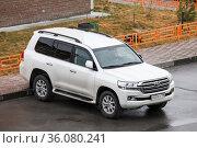 Toyota Land Cruiser 200. Редакционное фото, фотограф Art Konovalov / Фотобанк Лори