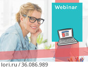 Composition of businesswomen with webinar text and copy space on green background. Стоковое фото, агентство Wavebreak Media / Фотобанк Лори
