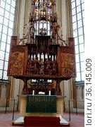 Heilig-Blut-Altar von Tilman Riemenschneider Sankt Jakob-Kirche, ... Стоковое фото, фотограф Zoonar.com/Erich Teister / age Fotostock / Фотобанк Лори