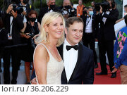 Renaud Capucon and Laurence Ferrari attend the 'Benedetta' screening... Редакционное фото, фотограф ATP / WENN / age Fotostock / Фотобанк Лори