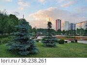Москва, бульвар на улице Айвазовского в Ясеневе. Редакционное фото, фотограф Dmitry29 / Фотобанк Лори
