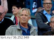 Volker Finke, Ex-Trainer des SC Freiburg und 1. FC Koeln, 1. BL: ... Стоковое фото, фотограф Zoonar.com/Joachim Hahne / age Fotostock / Фотобанк Лори
