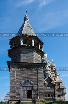 Кижи, Карелия, Россия. Колокольня Кижского погоста