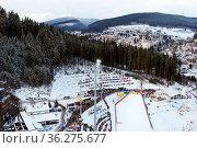 Aus der Perspektive des Skispringers: Der Blick auf Titisee-Neustadt... Стоковое фото, фотограф Zoonar.com/Joachim Hahne / age Fotostock / Фотобанк Лори