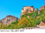 Road to The Monastery of Rousanou on the cliff in Meteora, Kalabaka... Стоковое фото, фотограф Zoonar.com/Roman Sigaev / easy Fotostock / Фотобанк Лори