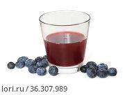 Delicious blueberry kissel and berries on light background. Стоковое фото, фотограф Валерия Попова / Фотобанк Лори