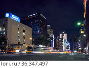 Harumi dori Avenue at the night lighting. Ginza. Tokyo. Japan (2019 год). Редакционное фото, фотограф Serg Zastavkin / Фотобанк Лори