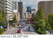 The view of Yasukuni dori in the sunny day. Chiyoda. Tokyo. Japan (2019 год). Редакционное фото, фотограф Serg Zastavkin / Фотобанк Лори