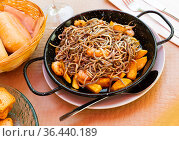 Surimi elvers with prawns and potato. Стоковое фото, фотограф Яков Филимонов / Фотобанк Лори