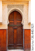 Beautiful decorated door in the medina of Fez, Morocco. Стоковое фото, фотограф Zoonar.com/Kokhanchikov / easy Fotostock / Фотобанк Лори