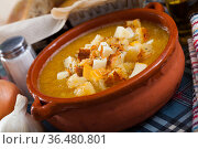 Cream soup of vegetables with toasted bread and cheese. Стоковое фото, фотограф Яков Филимонов / Фотобанк Лори