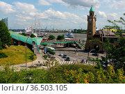 HAMBURG, GERMANY - JULY 18, 2016: a Beautiful view of famous Landungsbruecken... Стоковое фото, фотограф Zoonar.com/PAUL WASCHTSCHENKO / age Fotostock / Фотобанк Лори